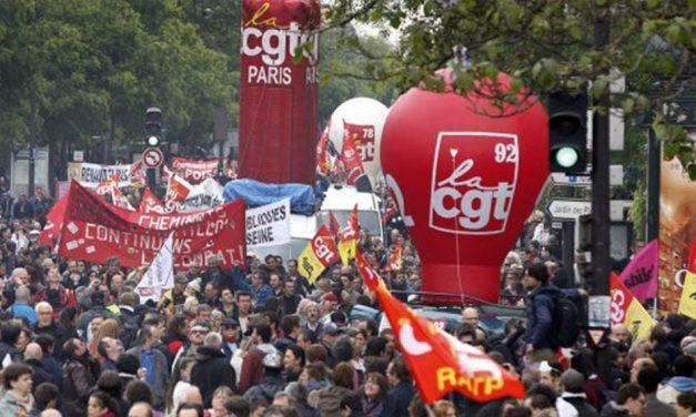 Manifestation pour les libertés publiques et le droit de manifester