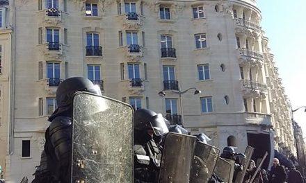 Le pouvoir néolibéral accentue les violences policières