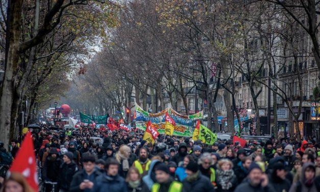 Mardi 17 décembre, 13H30, République vers Nation