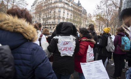 Petite enfance : Les agent•es en grève